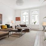 無難な茶色のソファを劇的おしゃれにするクッション5色&厳選47例