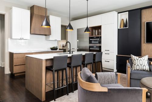 暗い茶色の床×キッチン色11種類のコーディネート実例43選