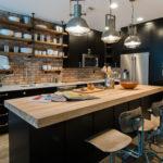ライトブラウン・ナチュラルブラウンの床とキッチンの色実例47選