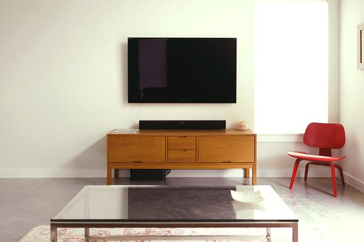 テレビとテレビボード