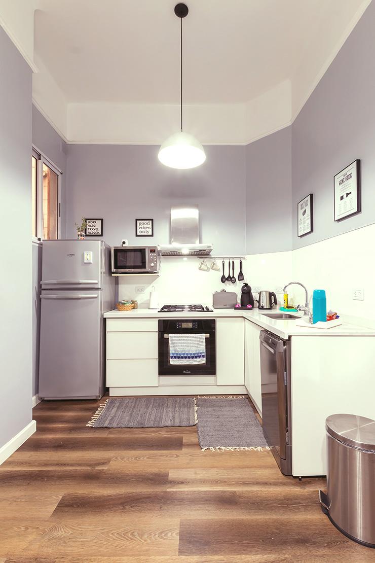 壁付けL型キッチン