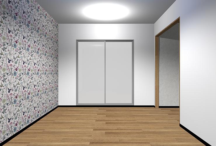 細かくはっきりとした柄の壁紙を長い壁