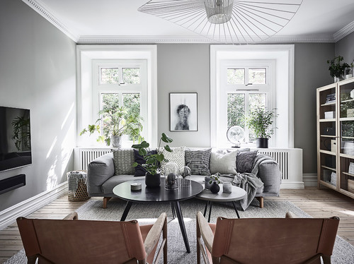 グレーの壁紙とソファの色14パターンの組み合わせ&実例73選