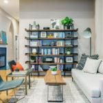 グレーの壁紙と床の色-8種類の床色別インテリア実例52選